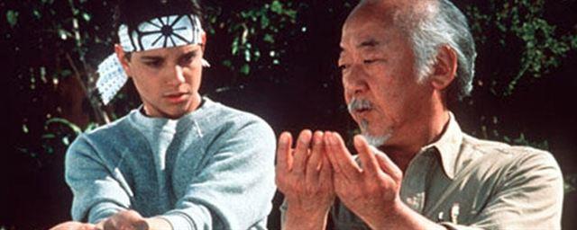 Cobra Kai Série Baseada Em Karate Kid Terá Homenagens E Cenas Inéditas Com O Senhor Miyagi Notícias De Séries Adorocinema