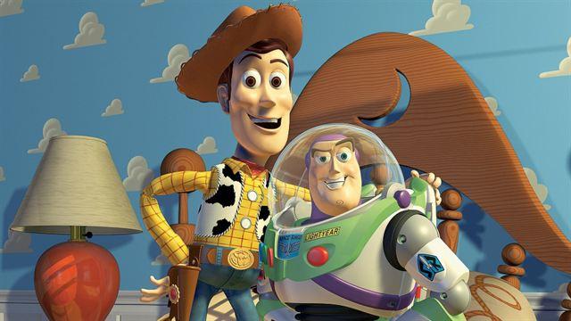 Toy Story - Um Mundo de Aventuras Trailer Original
