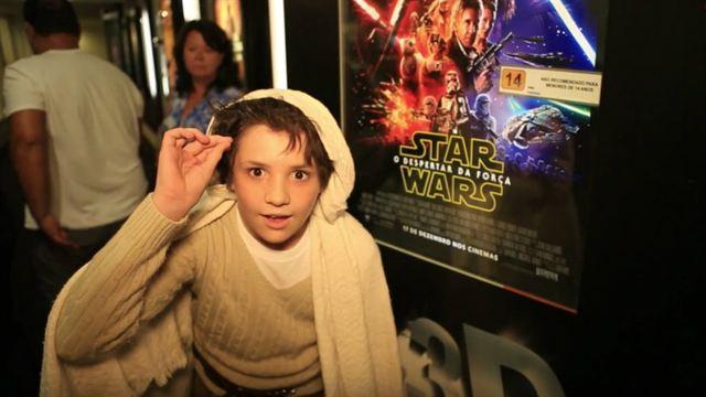 AdoroEstreia: Star Wars - O Despertar da Força