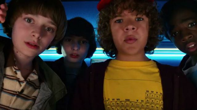 Stranger Things 2ª Temporada Trailer Legendado