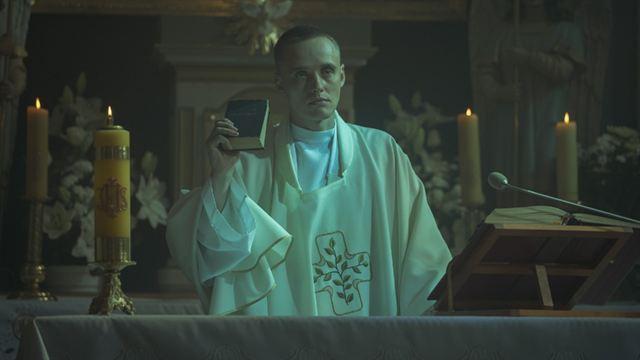 Corpus Christi Trailer Legendado