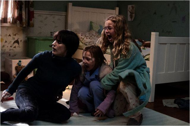 Mama : Foto Isabelle Nelisse, Jessica Chastain, Megan Charpentier