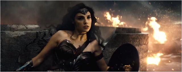Comic-Con 2015: Trailer épico de Batman vs Superman - A Origem da Justiça com Mulher-Maravilha e Lex Luthor