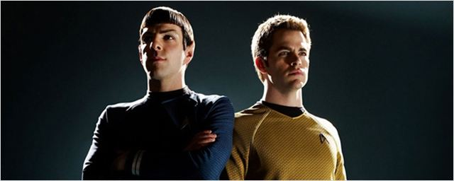 Capitão Kirk e estranhos alienígenas aparecem no set de filmagens de Star Trek 3