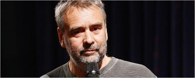 Artificial Intelligence: Luc Besson vai produzir nova série para a TNT
