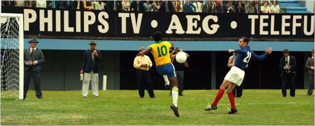 Pelé fala inglês desde criancinha no primeiro trailer de cinebiografia