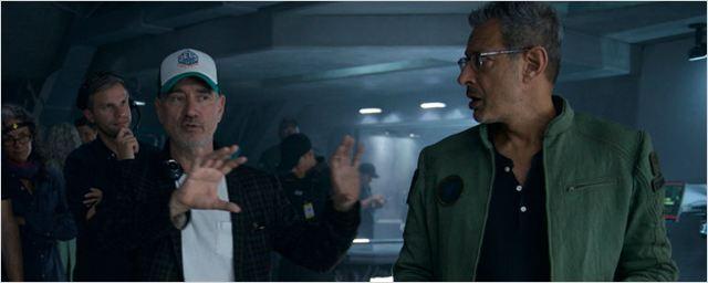 """Diretor de Independence Day acha que filmes da Marvel são """"bobos"""""""