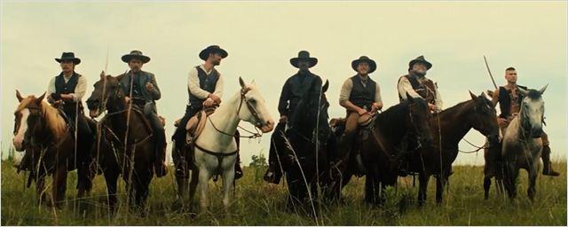 Sete Homens e Um Destino: Faroeste estrelado por Denzel Washington e Chris Pratt tem novos trailers