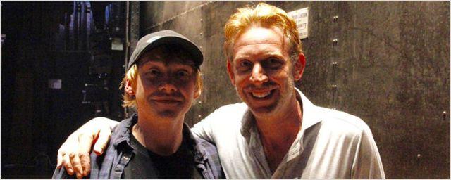 Rupert Grint assiste à peça de Harry Potter e encontra novo Rony