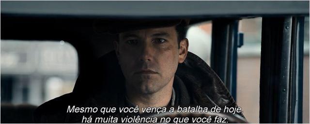 Ben Affleck tenta ser um gângster diferente no primeiro trailer do filme A Lei da Noite