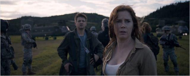 Trailer final de A Chegada tem Amy Adams correndo contra o tempo para entender aliens