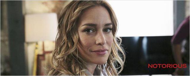 """Exclusivo: """"Cada vez mais você quer ver séries com mulheres nos papeis principais"""", diz Piper Perabo sobre Notorious"""