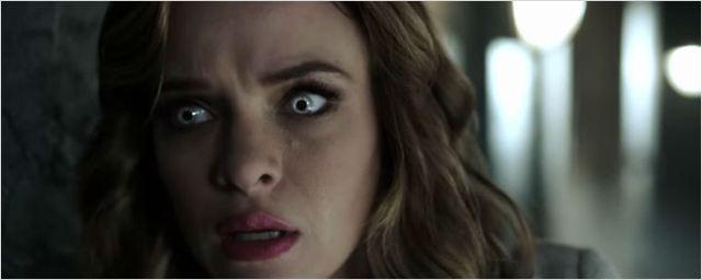 Iris e Caitlin correm perigo em novo trailer de The Flash