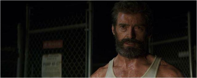 Wolverine ameaça uma galera em cena inédita de Logan