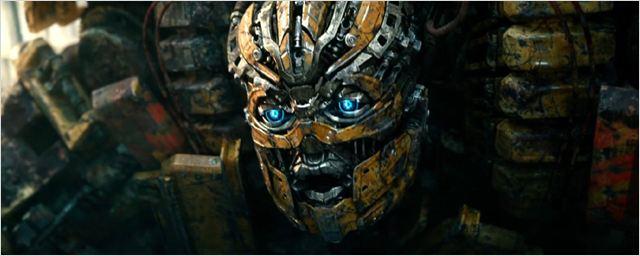 Michael Bay divulga cartazes animados de Transformers: O Último Cavaleiro