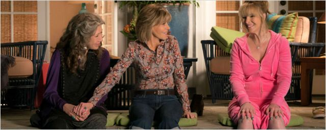 Grace and Frankie é renovada e terá participação de Lisa Kudrow