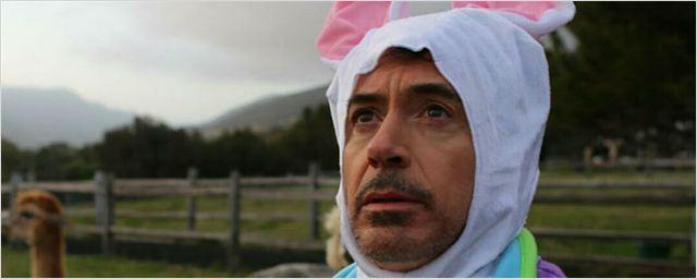 Robert Downey Jr. celebra a Páscoa vestido de coelho