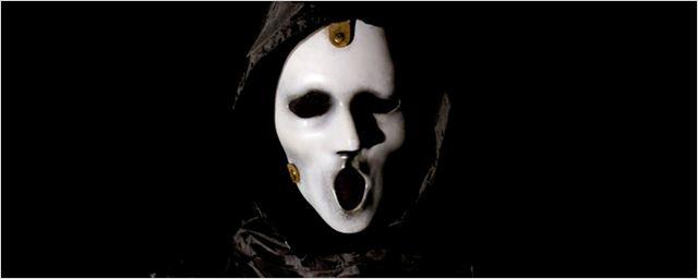 Novo showrunner, nova produtora, novo elenco: Scream volta ao zero para a terceira temporada