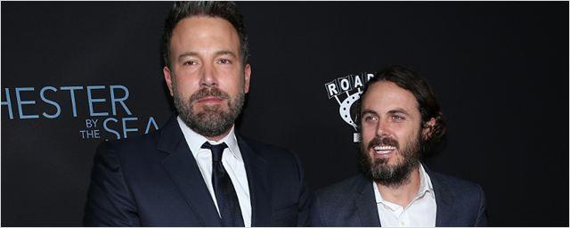 Ben Affleck e Casey Affleck podem substituir Channing Tatum e Tom Hardy em filme ambientado na fronteira do Brasil
