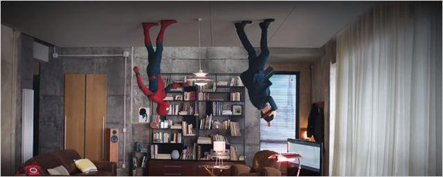 Homem-Aranha aparece dançando em comercial italiano