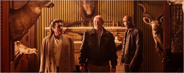 """American Gods: Produtores prometem segunda temporada """"maior e mais rápida"""""""