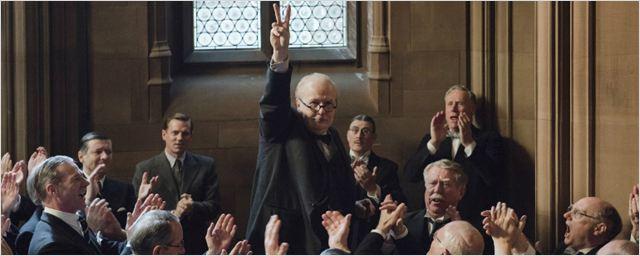 Gary Oldman é Winston Churchill no primeiro trailer de O Destino de Uma Nação