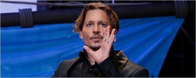 Ex-agentes de Johnny Depp voltam a detalhar despesas excessivas do ator em processo judicial