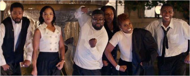 Confira! Novo clipe de Jay-Z recria Friends com atores negros