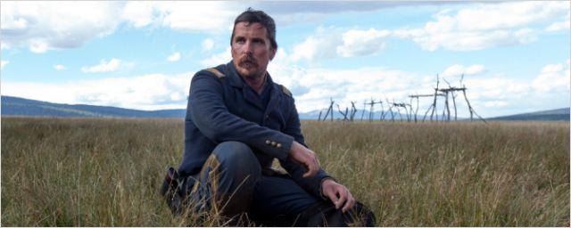 Christian Bale retorna ao Velho Oeste na primeira imagem de Hostiles
