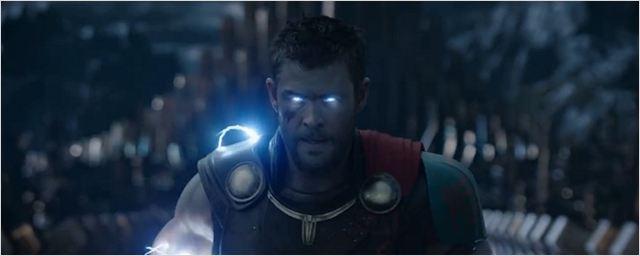"""""""Revengers"""" enfrentam Surtur em novo comercial de Thor: Ragnarok"""
