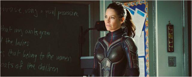 Homem-Formiga e a Vespa: Fotos do set revelam o traje completo da heroína de Evangeline Lilly