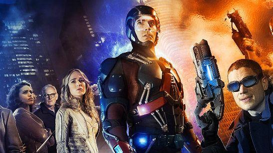 Legends of Tomorrow: Primeira arte conceitual tem Flash, Nuclear, Capitão Frio, Eléktron e muito mais!
