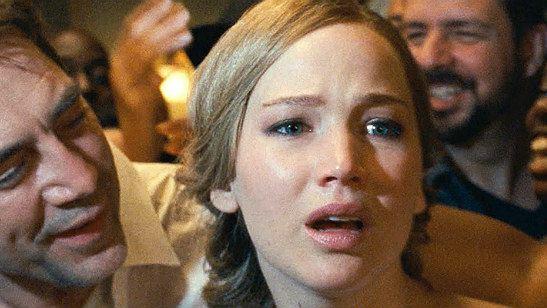 Jennifer Lawrence ri da repercussão dividida do filme mãe!