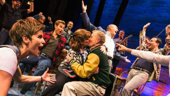 Come From Away: Aclamado musical da Broadway vai ganhar adaptação cinematográfica