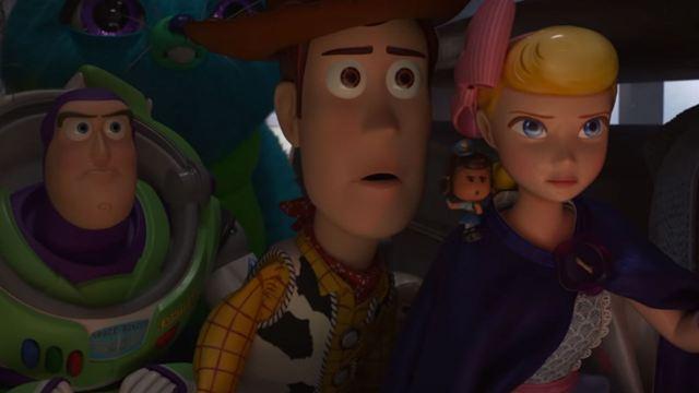 Toy Story 4: Brinquedos exploram parque de diversões em novo comercial