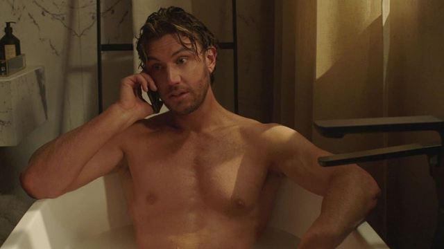 Sex/Life da Netflix: Após mistério, radialista descobre se AQUELA cena de nudez é realmente verdadeira