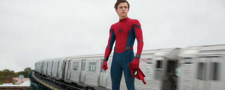 Resultado de imagem para imagens de homem aranha de volta ao lar