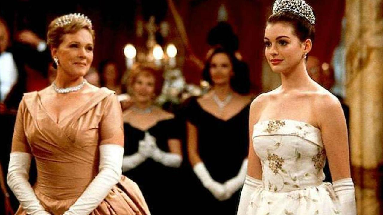 O Diário da Princesa 3: Anne Hathaway garante que o roteiro já existe -  Notícias de cinema - AdoroCinema