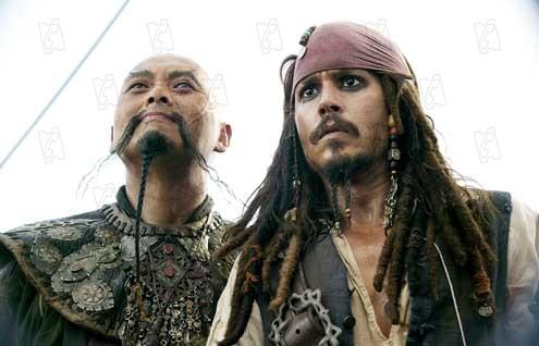 Piratas do Caribe - No Fim do Mundo : Foto Chow Yun-Fat, Johnny Depp