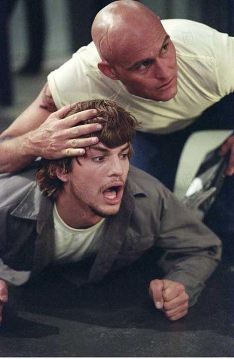 Efeito Borboleta: Ashton Kutcher, J. Mackye Gruber