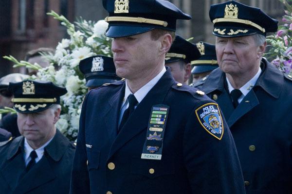 Força Policial : Foto Jon Voight, Noah Emmerich