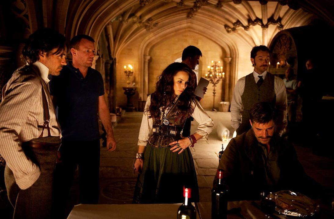 Sherlock Holmes - O Jogo de Sombras: Noomi Rapace, Robert Downey Jr., Jude Law, Thierry Neuvic