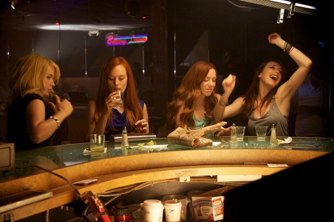 Best Night Ever : Foto Crista Flanagan, Desiree Hall, Eddie Ritchard, Samantha Colburn