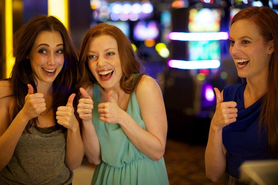 Best Night Ever : Foto Desiree Hall, Eddie Ritchard, Samantha Colburn