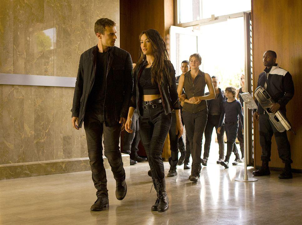 A Série Divergente: Insurgente: Shailene Woodley, Theo James, Maggie Q