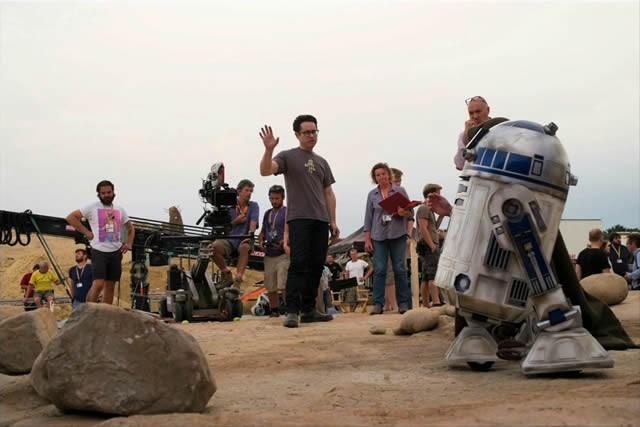 Star Wars: O Despertar da Força : Vignette (magazine) J.J. Abrams