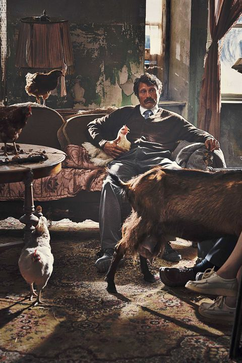 Men & Chicken: Mads Mikkelsen