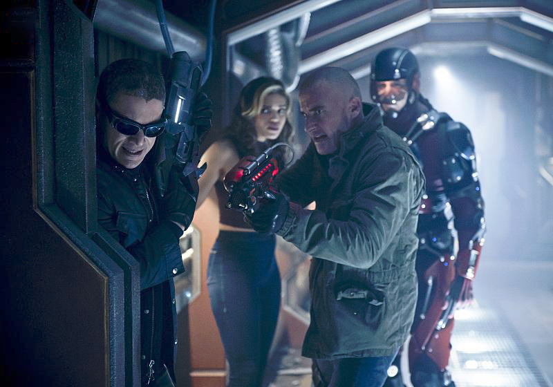 Foto Brandon Routh, Ciara Renée, Dominic Purcell, Wentworth Miller
