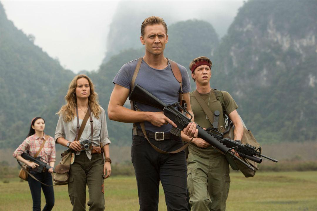 Kong: A Ilha da Caveira : Foto Brie Larson, Jing Tian, Thomas Mann (II), Tom Hiddleston