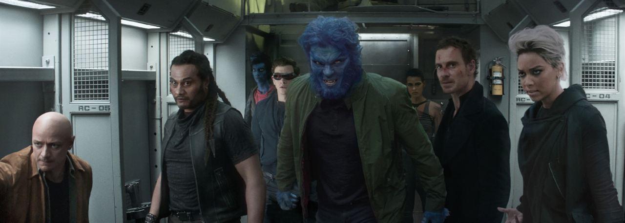 X-Men: Fênix Negra : Foto Alexandra Shipp, Andrew Stehlin, James McAvoy, Kodi Smit-McPhee, Kota Eberhardt